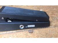 Cry Baby original Jim dunlop pedal good condition