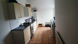 3 bed house in ilford