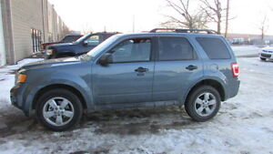 2010 Ford Escape XLT SUV, Crossover VERY LOW KM!!!