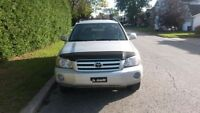 2006 Toyota Highlander SUV, Crossover TRES NEGOCIABLE