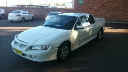 2006 Holden Crewman VZ MY06 S White 4 Speed Automatic Crewcab Georgetown Newcastle Area Preview