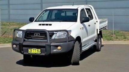 2012 Toyota Hilux KUN26R MY12 SR Double Cab White 5 Speed Manual Cab Chassis Blacktown Blacktown Area Preview