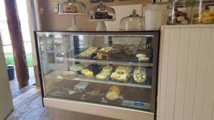 Cake Display Fridge Commercial Williams Williams Area Preview