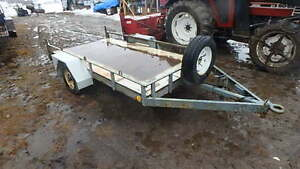 5 x 10 ft utility trailer single axle, spare jack and ++