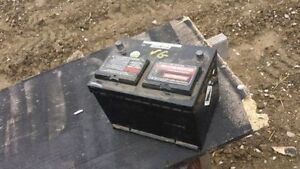 GOOD WORKING TOP POST BATTERY