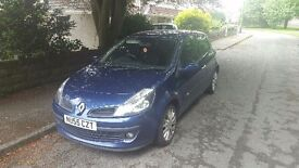Renault clio Dynamic 16v for sale. Spares or repairs