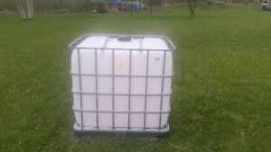 water storage container