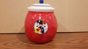 Mickey mouse and minnie mouse disney collectable cookie jar Regina Regina Area image 1