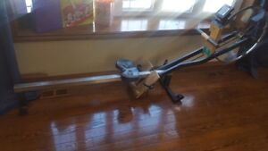 Concept 2 rowing machine rower erg PM5