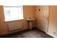 Newly renovated single room with kitchen and shared bathroom