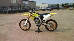 2008 Suzuki RMZ 250 Dirt Bike, Low Hours, Excellent Shape