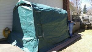 9 FT LONG SHELTER EXCELLENT CONDITION IN BROWN West Island Greater Montréal image 1
