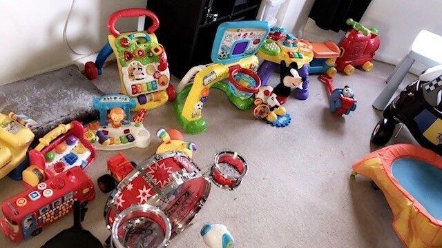 Kids Toys 0-3 Years (5 to 20 Pound)