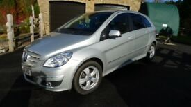 Mercedes B160 Blue Efficiency SE (Petrol, Manual, Silver) Very Good condition, 30,500 miles FMBSH