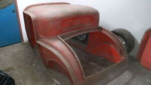 Sold pending pick up -1932 ford coupe and sedan molds