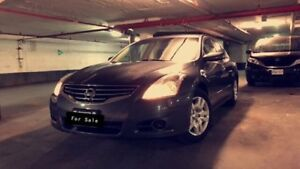 Nissan Altima! Low Kms! Comes With Safety&E-test