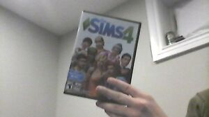 Sims 4 PC - Disc Game Selling It