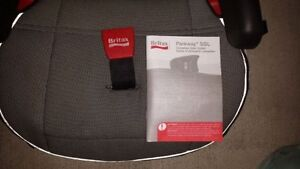 Britax Parkway SGL booster seat 40 - 120 pounds London Ontario image 3