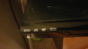 "Wii, 32"" TV, DIVX player and a stand or BEST OFFER!!! London Ontario image 3"