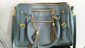 New Teal Crossbody and shoulder bag $15 ONLY