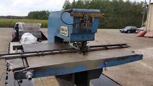 W.A Whitney fabricator 630 punch press Stratford Kitchener Area image 2