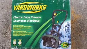 Souffleuse a neige électrique yardworworks