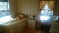 ALL INCLUSIVE in family home near UdeM, Hospitals, Oultons