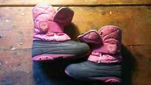 Kamik winter boots, girls size 10