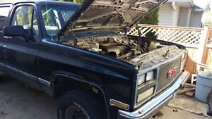 1988 GMC suburban for parts