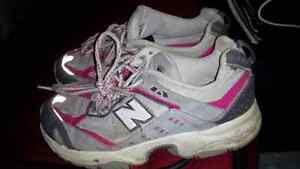 New Balance sneakers, Size 3, Excellent Condition