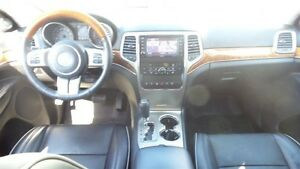 2011 Jeep Grand Cherokee Overland, HEMI, Fully Loaded! Kitchener / Waterloo Kitchener Area image 16
