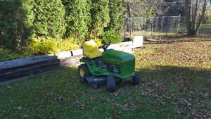 Riding lawnmower John Deere STX 46 HYDRO