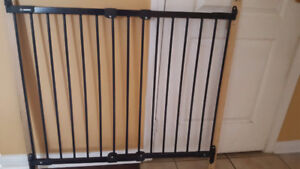 Iron Safety Gate Adjustable width in very good condition
