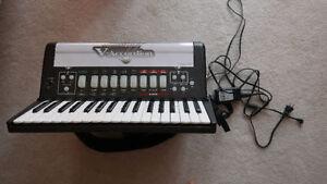 Roland Fr-2 digital piano accordion