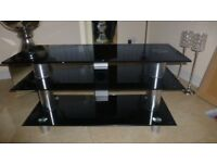 EXCELLENT QUALITY 3 TIER LCD/PLASMA TV STAND IN PIANO BLACK FINISH