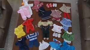 LIKE NEW- CABBAGE PATCH DOLL- WITH CLOTHES Cambridge Kitchener Area image 1