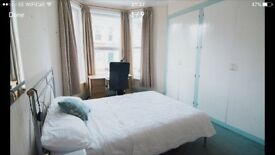 Double Room with 3 HUGE built in wardrobes!!