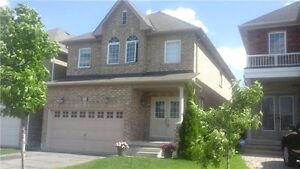 Beautiful & Spacious Detached Home In Thornhill Woods Available