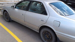 [GOOD CONDITION] 2000 Toyota Camry Available Cheap!