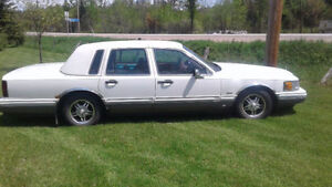 1992 Lincoln Town Car 4.6L strong engine