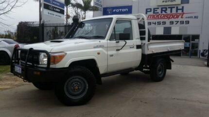 2012 Toyota Landcruiser VDJ79R 09 Upgrade Workmate (4x4) White 5 Speed Manual Cab Chassis Beckenham Gosnells Area Preview