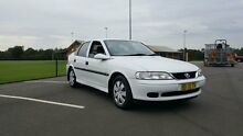 2000 Holden Vectra Jsii GL White 4 Speed Automatic Sedan Condell Park Bankstown Area Preview
