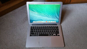 MACBOOK AIR A1466 only 2 Years old