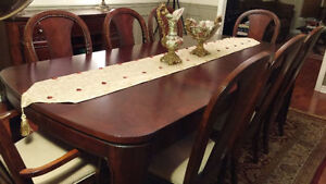 DINING ROOM SET - MOVING OUT SALE