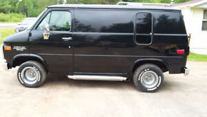 """ Reduced"" to $7000.00 1994 Chev G-20 Camper Van"