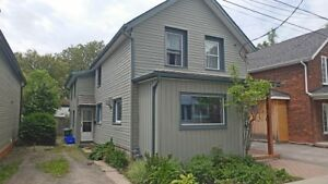 1 Bdrm, Close to the Hub, Student Friendly, Sept Availability.