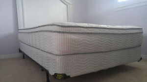 Complete Full/Queen-Size Bed Set