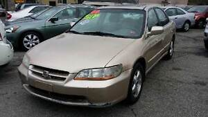 Trade your iPhone 6s/7 for my 2000 Honda Accord LX Sedan Kawartha Lakes Peterborough Area image 1