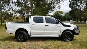 2012 Toyota Hilux KUN26R MY12 SR Double Cab White 5 Speed Manual Utility Tanunda Barossa Area Preview