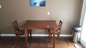 Solid-wood dining set in excellent condition